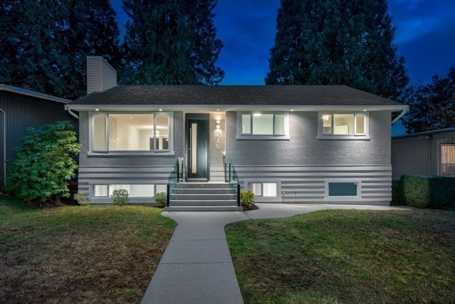 Fall in love with this charming home offering south west exposure situated on a quiet street in North Vancouver Upper Lonsdale. This elegant 2017 renovation offers over 2,000 Sq. Ft of living space + zoned for a coach house, for an additional 1,000 Sq. Ft. The interior updates include: shaker kitchen cabinets, stainless steel LG appliances, quartz counter tops, engineered wide plank oak flooring, a wet bar with a wine fridge, french doors leading to the deck, two gas fireplaces,a his & hers walk in closet, recreation room with second laundry. This is an outstanding location within minutes to shopping, transportation, Holy Trinity + Carson Graham Secondary. Call listing agent for further information. Open January 13th & 14TH