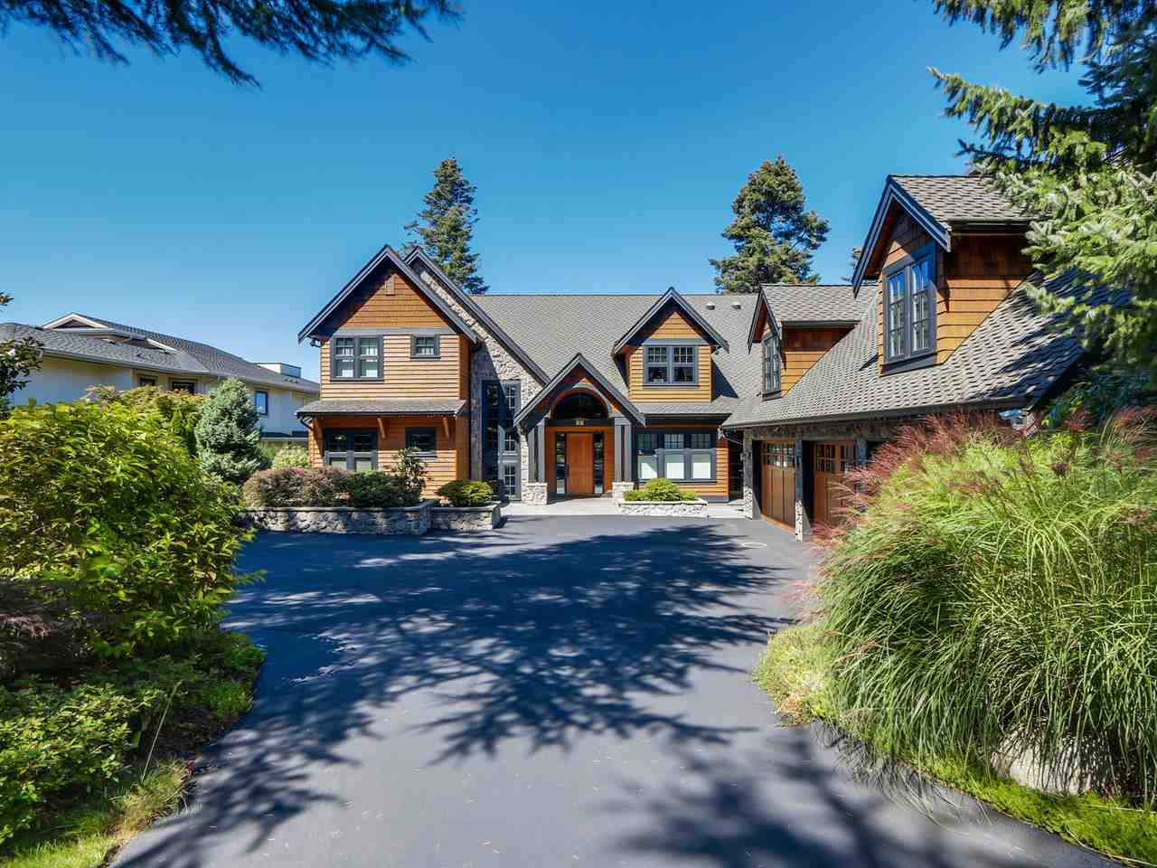 A masterpiece of arts! World first class quality of finishing with great views. Perched over Crescent Beach with outstanding Ocean, Mountain, Sunset & City views. Beautiful Cherry flooring throughout, kitchen is stunning with high end appliances, perfect for entertaining large crowds. Open Great room design with extensive windows capturing the outdoors. Master ensuite is like no other with Infinity bathtub, steam shower, fireplace, sitting area, its own washer/dryer. Billiards room, wet bar, luxury media room, the bright walkout basement. Out door pool, hot tub with extra large sundecks, excellent landscaping, coach house suite for guests or nanny, absolutely private front & back yard. Close to Elgin Secondary.