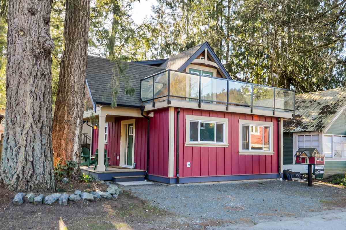 You'll love this irresistibly charming 1.5 storey cottage just steps away from Cultus Lake. Completely rebuilt in 2016, this 2 bedroom, 1.5 bath is 1200 sq.ft. of modern finishes & quaint spaces. Cozy up by the fire with a glass of wine & relax. Your gourmet kitchen boasts s/s appliances, a gas stove, quartz counters, tons of storage & a spacious eating bar with pendant lighting. Your unique master loft awaits you with a luxurious spa style bathroom with a deep tub, rain shower & double sinks. Watch the stars from your deck off the master or enjoy your morning coffee in the sunshine. Enjoy endless hours of relaxation and recreation all year round in one of the most desired resort areas in BC just 1.5 hours out of Vancouver.