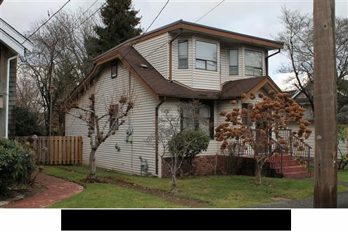 Amazing location, just steps to elementary, middle schools & Queens Park. This 4 bdrm, 2 bath, 1992 SF home, features fir floors, large kitchen, family room, wood burning fireplace, private fenced back yard & nice back deck. Great 48x132' lot (6336 SF).