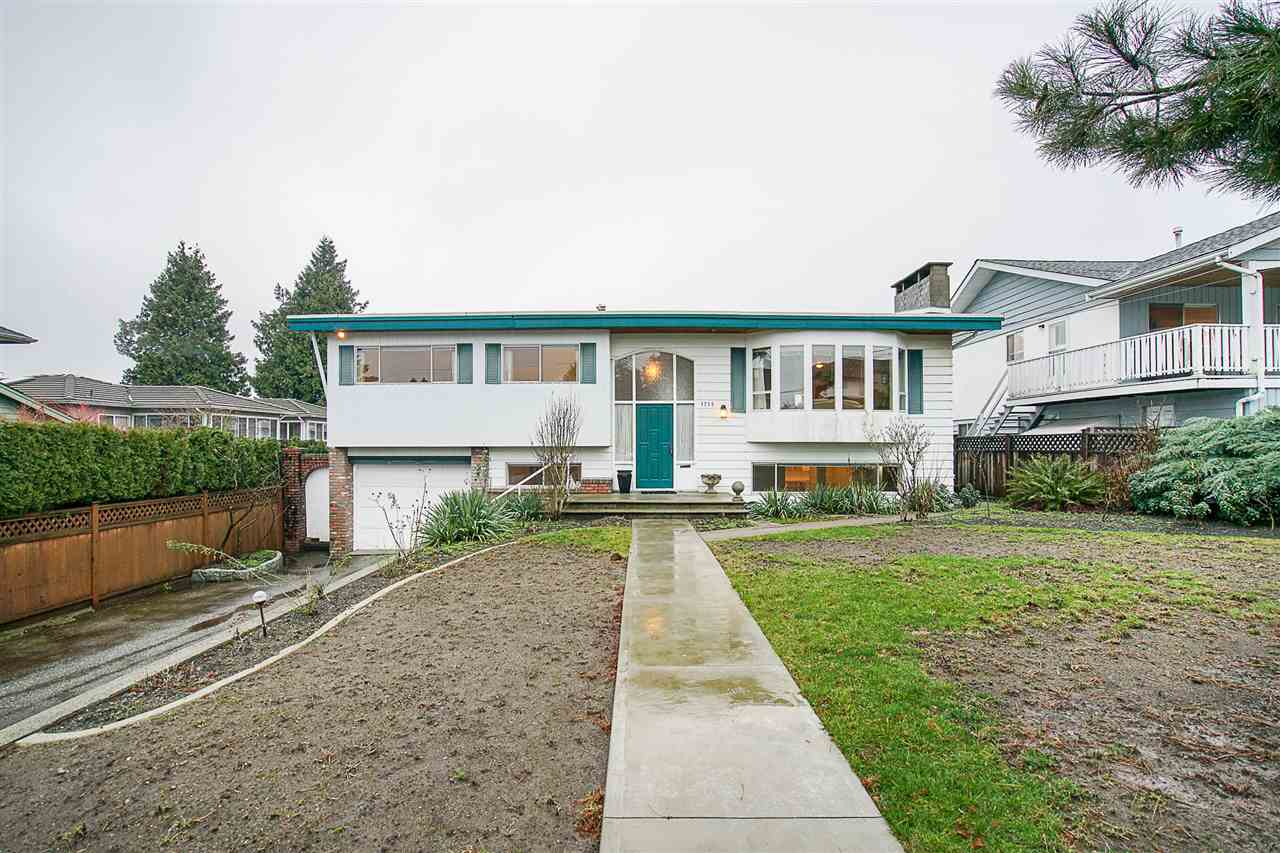 1970 Burnaby Special in Prime Parkcrest location on a 60 x 132 lot. 1488 sqft on main with 1217 sqft on lower level. 5 bdrms, 2 full baths, 2 kitchens. Home is in original condition on main, updated on lower level, 26x23 sundeck, 22x11 workshop, 2 f/p, steps to Parkcrest Elementary School, close to Aubrey French Immersion and Burnaby North High School. Holdom Skytrain is 10 mins walk or 2 mins by bus. Short drive to transit to SFUniversity.