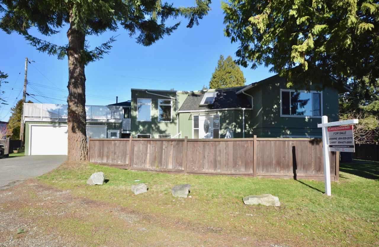 Welcome to this very well maintained home. This is a great opportunity to get into the Tsawwassen market. Situated on a 7782 sq.ft. lot, this 3266 sq.ft. home offers living space for 2 families. The main floor has a new kitchen, separate dining room for entertaining with a fireplace, living room with access to outdoor 24' x 25' sunny deck. There are three bedrooms upstairs, two renovated bathrooms and a lower level family room for the upstairs. The downstairs is 1100 sq.ft. with a 2 bedroom and den LEGAL SUITE with its own driveway, renovated bathroom, insuite laundry and outside patio area. The location is within walking distance to Elementary and High school, Winskill Recreation Centre and restaurants.