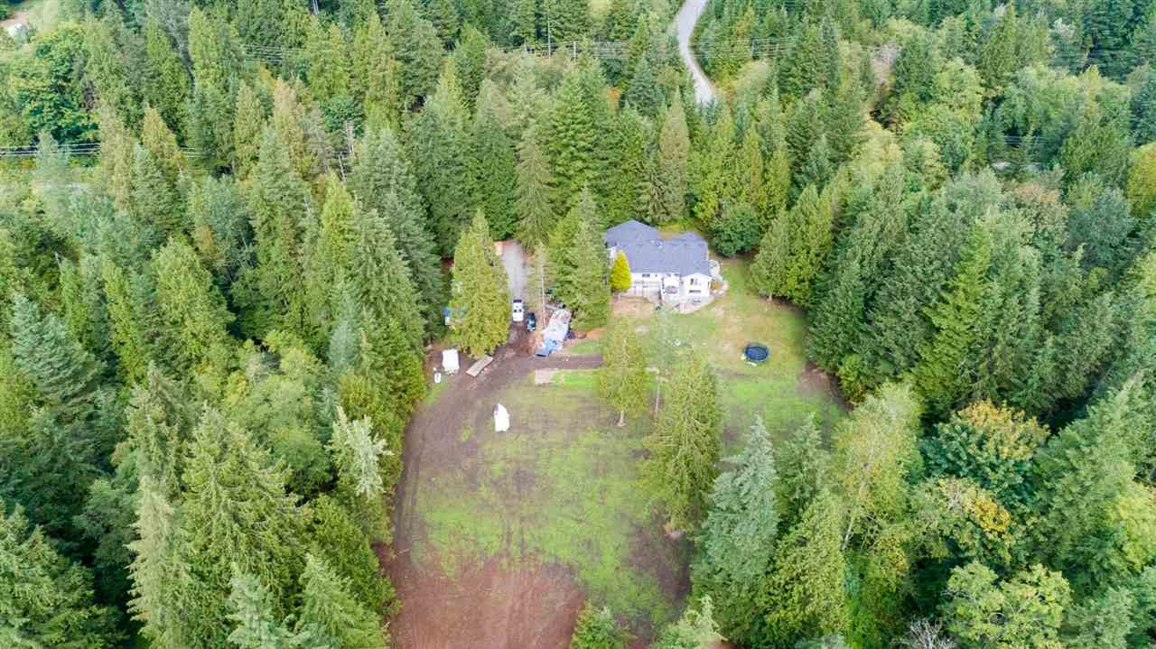 INVESTOR ALERT- 5000 sqft home with huge opportunity for multiple family usage. Home has 8 bedrooms, 3 living rooms, 3 dining areas, 3 rec rooms and so much more. All this sits on over 3 acres & is awaiting your ideas. Could be purchased with 8 acre property adjacent. Call listing agent for detailed information pckg.
