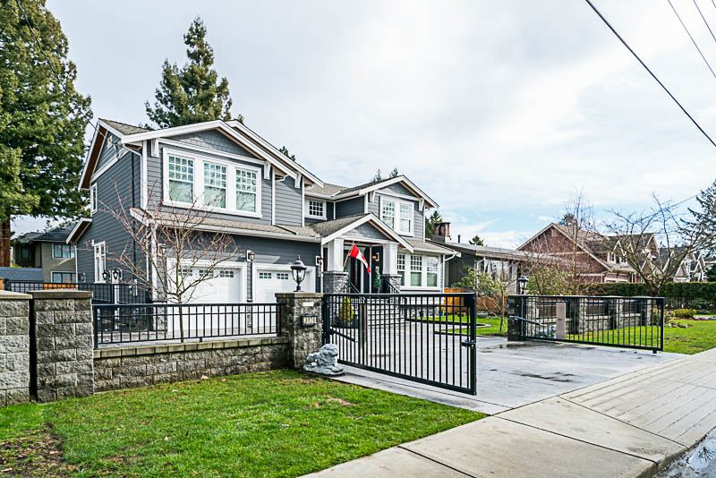 This 3 level almost 5100 sq. ft 6 bdrm, 5 bath home boasts all a Luxury Home should !! Located in prestigious  Government Road subarea of North Bby , this amazing custom built home consists  of 10 ft ceilings and 3 levels of high end workmanship & materials. Grand entrance features wide plank woodfloor throughout that leads through the formal living, dining, family rm and office/den & right through the Stainless Steel Gourmet  Dream Chef Kitchen . Kitchen has HUGE island work area with Patio doors just off eating area that goto large PATIO & private yard perfect for entertainment . Upper floor has 4 large bedrooms each with its own radiant floor heated baths !! Master features huge WIC & spa ensuite w/huge rain shower!Downstairs features full 2 bedroom suite with its own seperate entrance.