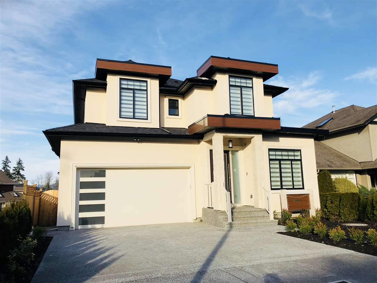 LOOK NO FURTHER, this home has the WOW factor.  Come & enjoy the ambiance & lifestyle offered in this stunning custom built 3731 sqft hme in Cloverdale Estates. Features 6 bdrm/6 bath & den, 2 bdrm legal suite, wainscoting, mosaic tiles, grand gourmet kit, wok kit, coiffeur 10ft ceilings, spa like bath amenities w/rainforest jet shower, each bdrm w/ own ensuite. energy eff hot water, alarm, home warranty, surround sound music throughout the home, theatre room with bar, rope lighting and the list goes on.  Steps to all shopping and schools.  Come see for yourself, the ultimate in luxury & outstanding attention to detail.  Enjoy your morning coffee and your 15 x 12 covered sundeck. It doesn't get better than this.  A PERFECT 10!!! OPEN HOUSE SUN. MAY 27th 1-4pm.