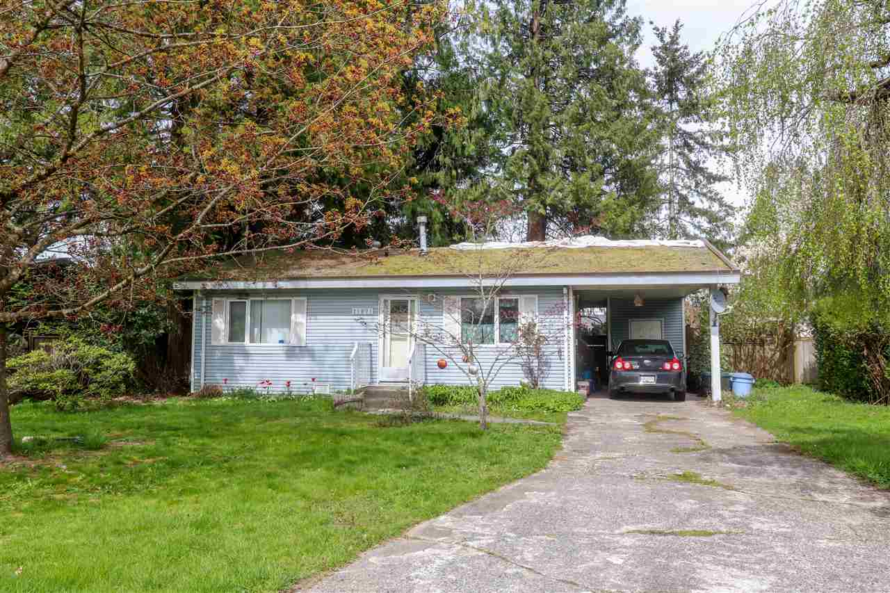 This 3 bedroom, 1 bathroom home sits on a 7,482 sq ft lot and is located in a quiet neighbourhood on the Northwest side of Maple Ridge. Just steps away from Laity View Elementary and West View High School. Perfect lot to build on.