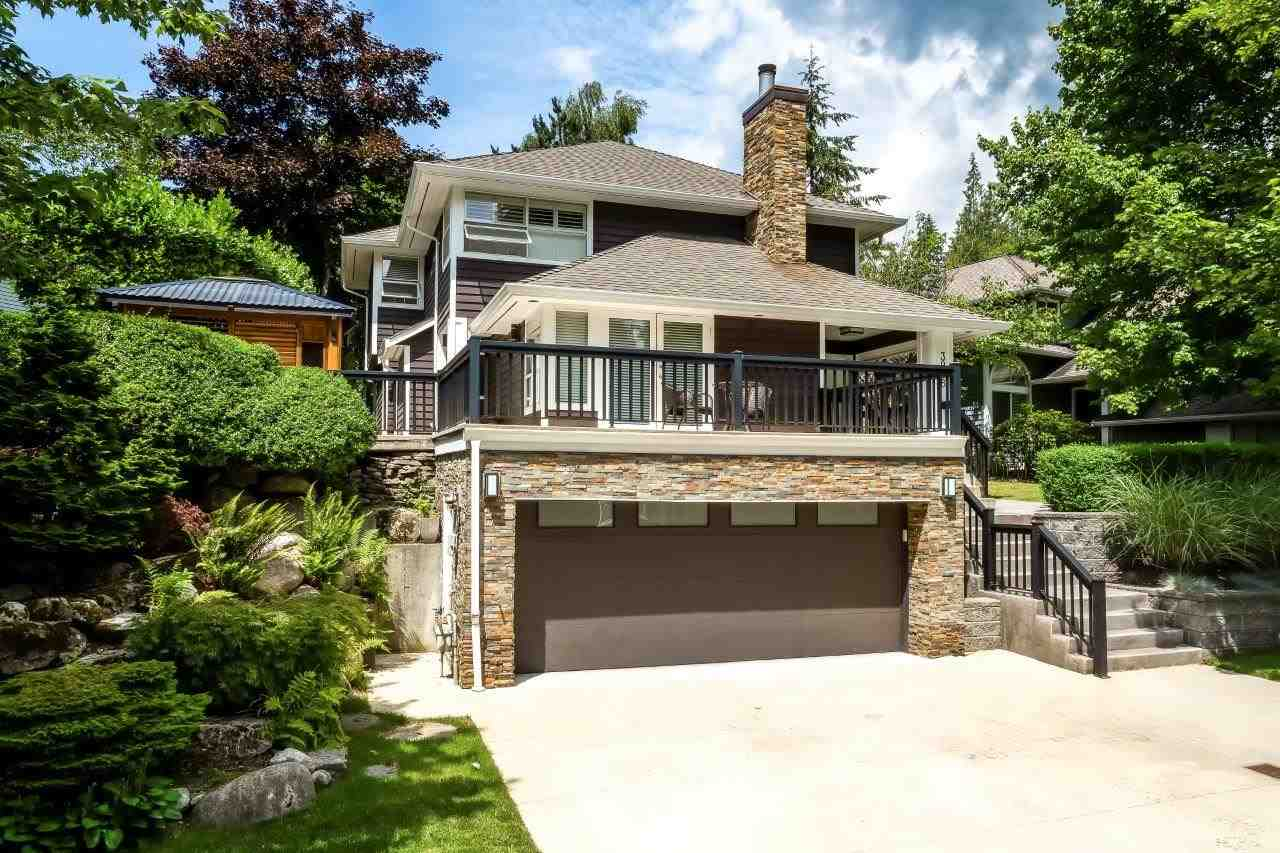 This impressive 3 level home sits proudly on a level, nearly 89 ft frontage lot on one of Indian River?s finest cul-de-sacs. The beautiful renovations feature an amazing kitchen with ultra-modern cabinets and Sub Zero fridge and Wolf gas range. The 2,740 sq ft home offers 3 bedrooms up including a large master suite and there?s also laundry upstairs too. The upper floor bathrooms have just been completely gutted and renovated. The main floor is bright, open and there?s also a family room off the kitchen. The rear yard is private, level and features a large deck. Loads of storage down with full bath and direct access to double garage. A home for discerning taste! Open Sun August 19th 2-4
