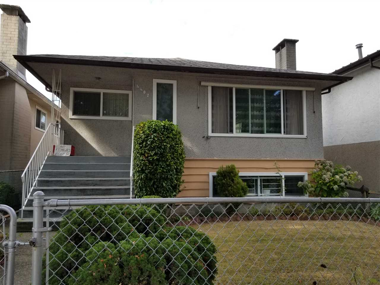 Prime North Burnaby location, absolutely well kept and ready to move in house. 3 bedrooms up &3 bedrooms down. Basement suite can be a great mortgage helper. Features include double vinyl windows(2009), roof(2003), hot water tank(2007), and much more. Nice size deck off the kitchen. Off street parking available at the front of house. It is located closed to Brentwood Mall and Willingdon Community Centre. Builder Alert! Great potential building lot. Must see to appreciate. Don't wait! This property won't last long.