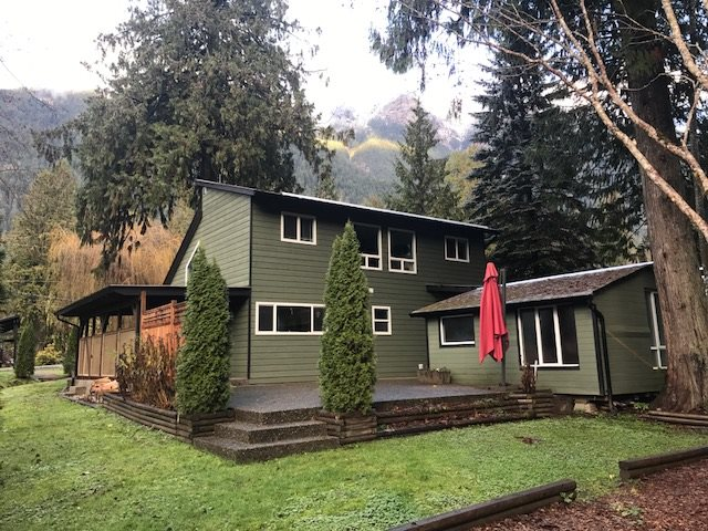 Amazing home minutes from Kawkawa Lake! Check out this tastefully renovated 1210 sf 3 bdrm + den home, only a short walk from the scenic Kawkawa Lake. Spectacular natural setting, with babbling creeks, mature trees & landscaping backing on forest land! Step inside to a very cozy home, with nat gas fireplace, custom cabinetry with granite counters!! Stainless appliance package. Master on the main. Vaulted ceiling & lots of windows for natural light. Located on quiet no-thru road, yet a short drive to all amenities.