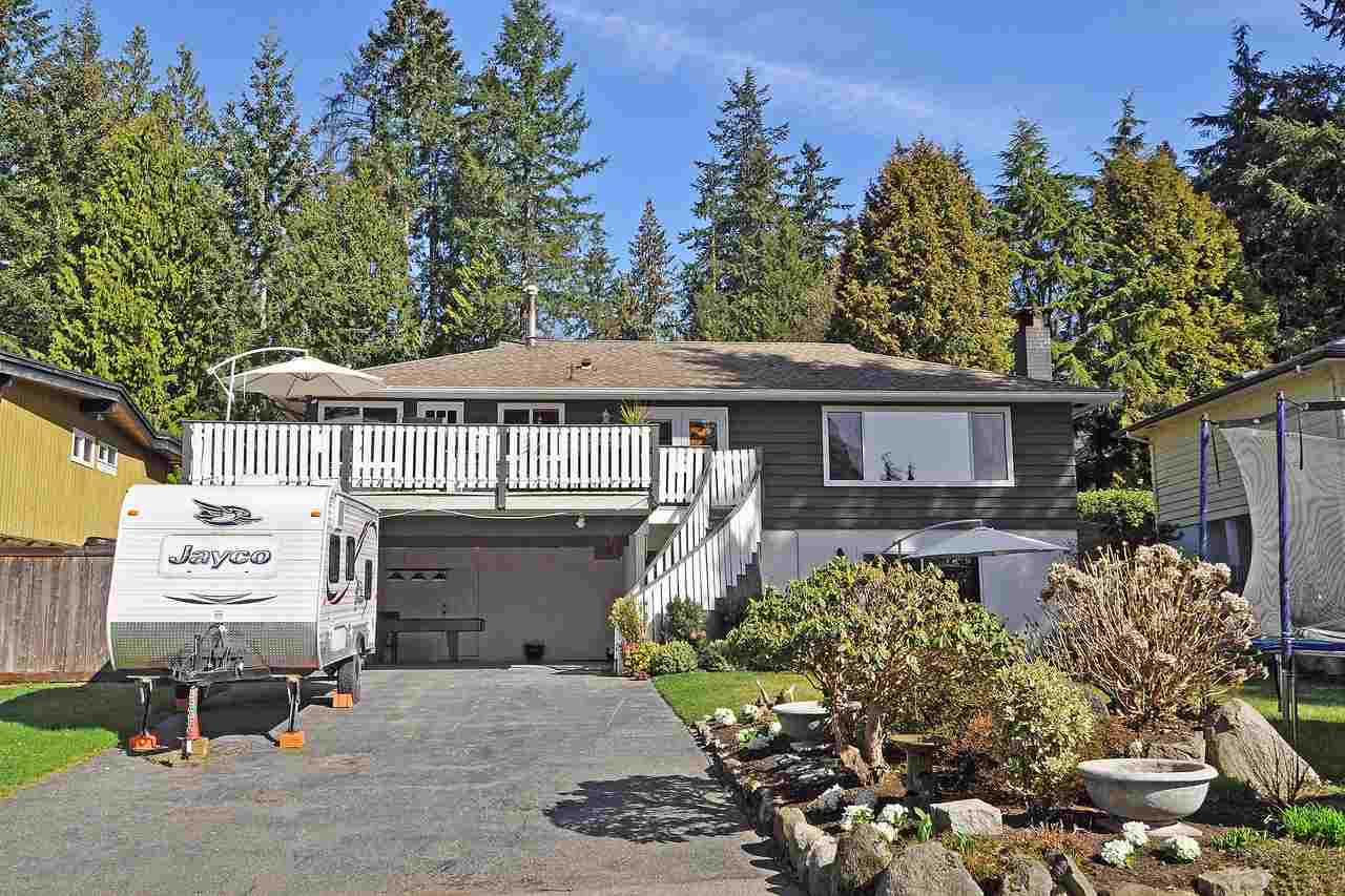 Beautifully renovated cul-de-sac home in North Van?s sought after Windsor Park neighbourhood. Offering 4 bdrms + den / 3 bthrms / 2503 sf on 2 levels, this family delight sits on a meticulously landscaped south facing level lot w/ a fully fenced mature veggie garden in back & an immaculate lawn in front for the kids to play. Upstairs boasts a gorgeous kitchen w/ massive sun-soaked deck & partial city view, open dining & living room, 3 bdrms including master retreat w/ new ensuite & walk-in closet. Downstairs features 4th bdrm, den, family room w/ walk-out to patio & huge storage room. Lower level can easily convert to suite if needed. Double carport & loads of parking for your boat or RV. 3 min drive or 15 min walk to schools, Parkgate Shopping & Community Centre. OPEN: Sat. Jun 15, 2-4 PM