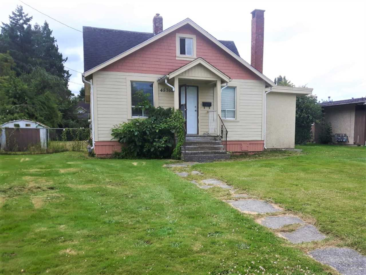 Development potential! Check out the potential of this 72/ x 173' (.29 acre lot) level lot, in an area of redevelopment. All utility services available. 1121 sf 2 bdrm + loft home currently tenanted. Existing home of limited value. Great quiet location close to shopping, schools, recreation, walking & biking trails.. Call today for details and to book your viewing.