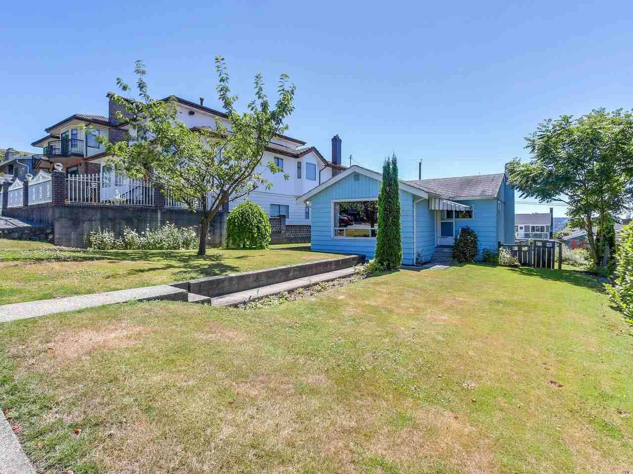Beautiful view lot with a small bungalow in desirable Willingdon Heights neighbourhood. Live in now and build your dream home down the road. Close to good shopping, cafes, restaurants,parks and schools.