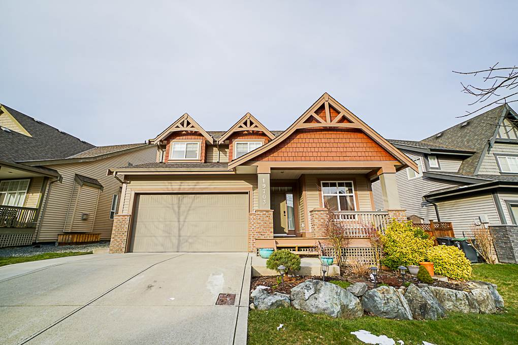 Canterbury Ridge - Amazing Single Family Home located in heart of Willoughby Heights. Great Neighbourhood for family. Well-maintained 3 level home with 5 spacious bedrooms/bathrooms great for a big family. Lots of great features; Top quality finishing includes hardwood floors, S/S kitchen appliances, granite countertops, luxurious ensuite with soaker tub/shower combo unit, double sinks. High vaulted ceiling and oversize window bring natural lights. Separate laundry room with sink and lots of storage room. Huge & private backyard with sundeck. Perfect for Entertainment and BBQ with friends and family. **OPEN HOUSE ON MAY 26 (SUN) 2-4PM.