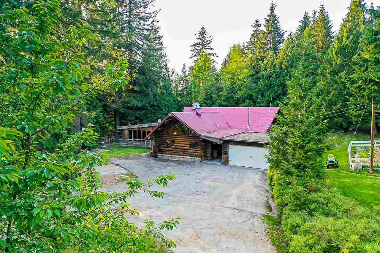 Three bedroom, three bathroom log home on beautiful 4.2 acres! Perfect family home with an open concept living and kitchen area, generous-sized rooms and it also has an indoor swimming pool! Just minutes from downtown Mission, shopping and West Coast Express! Lots of room for the family and ALL the toys!
