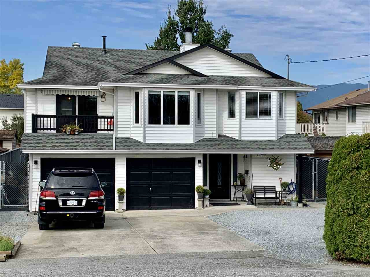 Welcome to the good life in Port Hammond Maple Ridge, a friendly historic neighborhood with good access to work and play. On offer is a fully renovated home with easy access to Golden Ears bridge, Hwy 1, Lougheed Hwy, South Fraser Perimeter & the West Coast express giving lots of options for your commute. A boat launch, trail all the way to the Pitt River Bridge, parks and off leash dog park all within blocks allows quick playtime enjoyment no matter the activities. The newly renovated master bedroom with a river view and custom closet wall for him and her is sure to please. Along with a fully renovated master bath featuring his and her separate vanities. Home eligible for the Maple Ridge Garden Suite Pilot Project, a detached second suite project. Call for details.