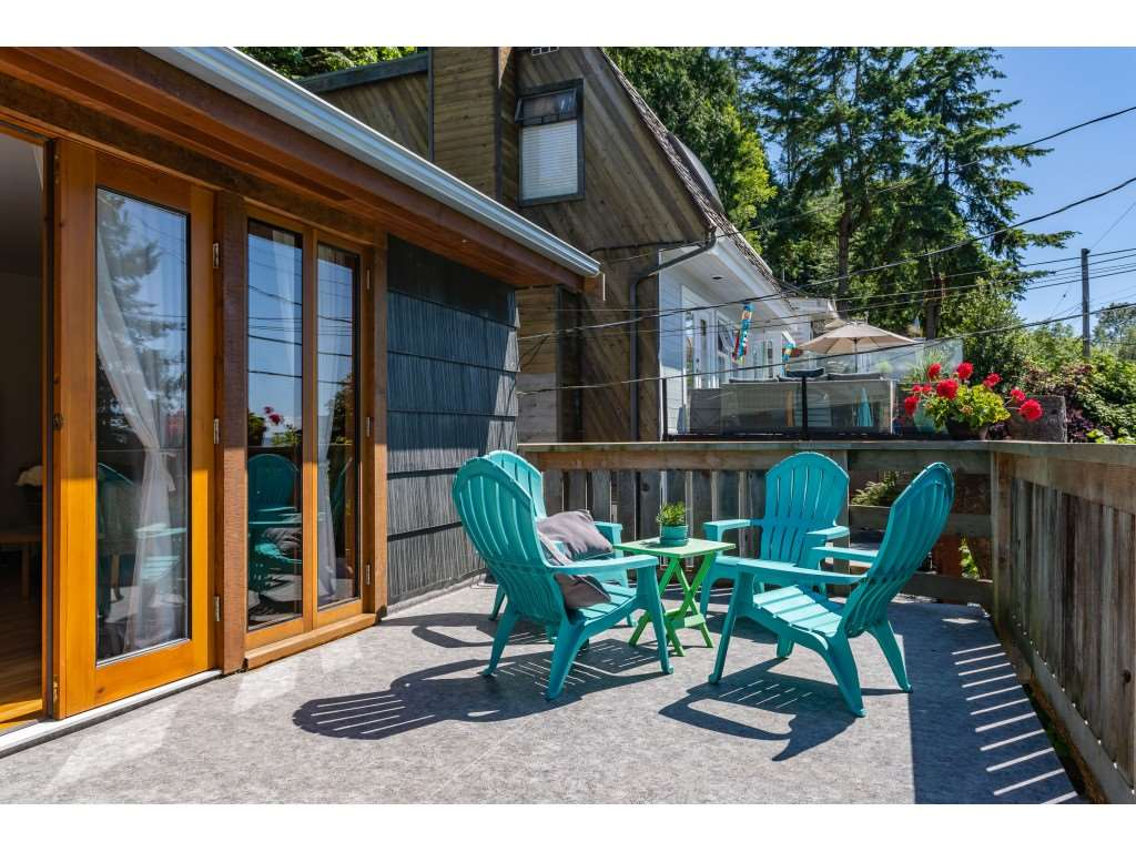 "Currently, the only fully renovated ocean view home in Crescent Beach at entry level pricing for ""The Village"". This home is an absolute must see. The current owners have put their amazing talents to work here and created a wonderful charming living space in one of the most sought after neighbourhoods in the entire Lower Mainland. Set on two levels with 2 beds down and one up the home is perfect for a small family or empty nesters that want to live close to the ocean or BNB? Steps to the beach, 3.5 km of walking trails, restaurants, swim & sailing clubs. Enjoy endless sunsets and sunrises from your upper view deck. At Crescent Beach you aren't just buying a home, you're buying a lifestyle! What are you waiting for? Start living!"