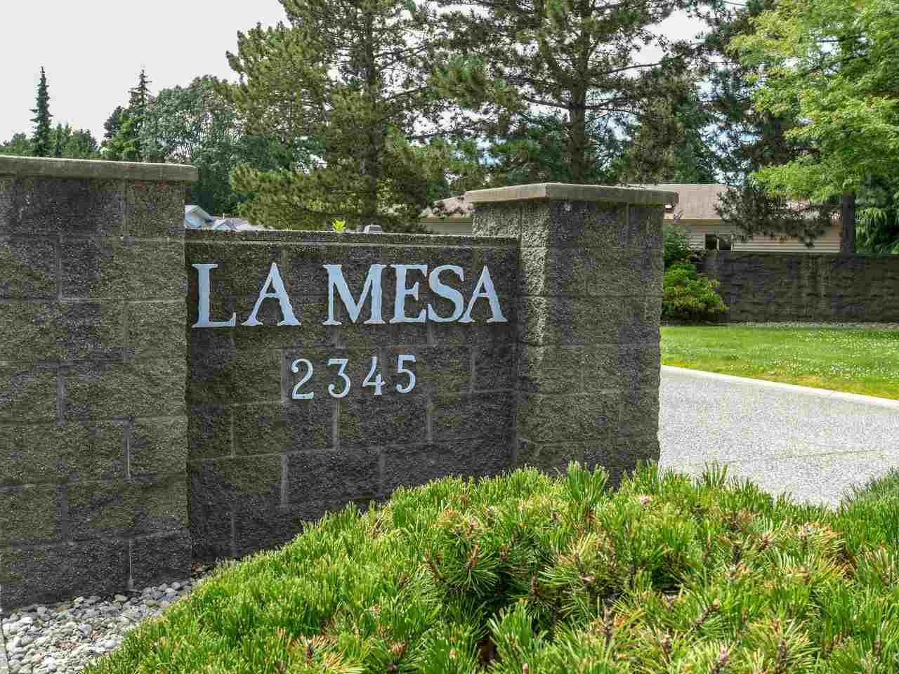 La Mesa! Fabulous 55+ gated community in Sunny South Surrey within walking distance to shops and transit. This beautiful detached home is 1,336 sqft, has been meticulously maintained and is in a quiet location in the complex. Rare DOUBLE GARAGE with plenty of room for storage, fenced yard with southwest facing patio and garden. Very nice layout featuring a large living room with over sized bay windows, gas fireplace and a full size dining room that will accommodate large table & hutch. The kitchen has newer appliances loads of cupboard space, pull out drawers and a separate eating area. Vaulted ceilings and skylights, spacious bedrooms, full size laundry room & heated crawl space. Remarkable value for a rancher/bungalow.