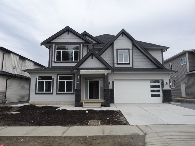 Excellent location for this 6 bedroom house with 4 baths and fully finished basement. Room for Mom and Dad or perfect for large growing family. Over 3900 sqft total with garage. Close to all services and town. GST negotiable. Being built by establish builder . 9Ft ceiling on both floors.