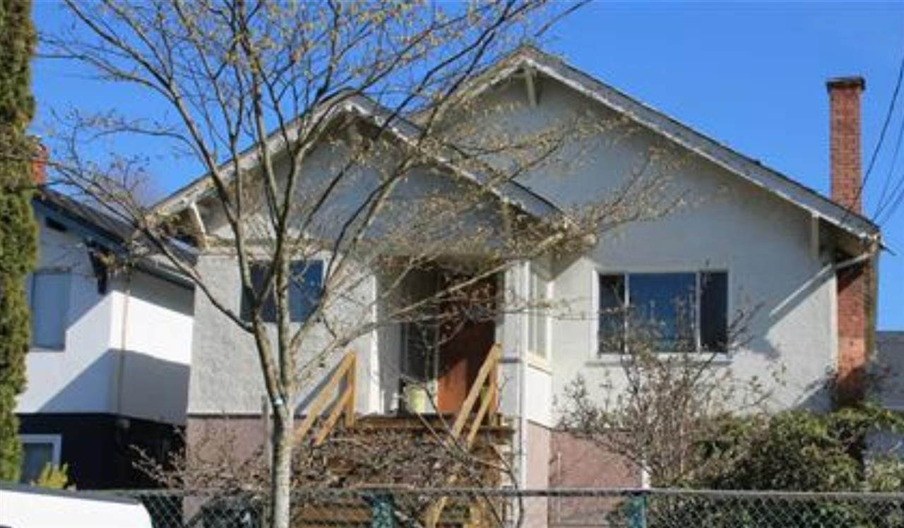 Beautiful levelled, 33x106 lot is located in the heart of Fraserhood. This family home needs some TLC. Very convenient location. Only steps to transit, close to parks, playground, Charles Dickens Elementary and Tupper Secondary School catchments.  First showing 4pm Tuesday January 7th. Must confirm.