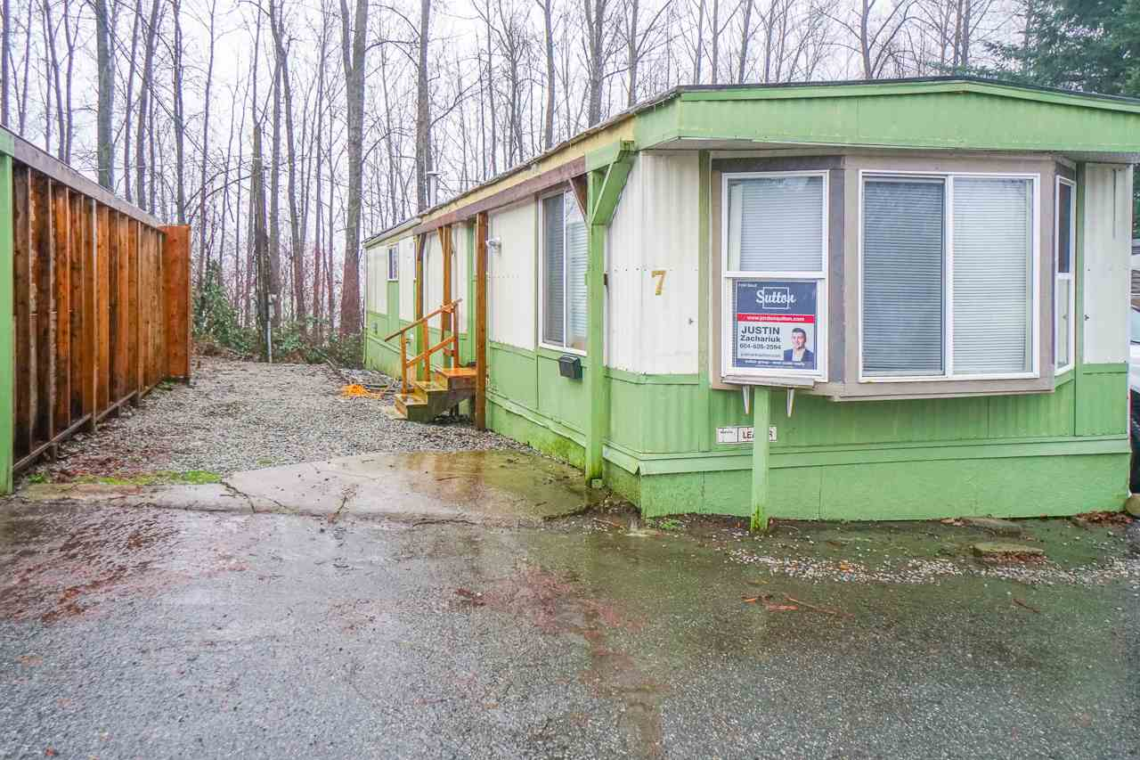 The Grove Park! Great location for this 55 plus park close to shopping, hospital, all services. 14' x 64' renovated manufactured home. Very bright with large windows. The unit was placed in the park approx 2015 with many updates including new roof, vinyl windows, hotwater tank, furnace, new laminate flooring, doors, appliances, fridge, stove, washer & dryer at that time. Why move into an apartment when you can own a unique space like this!
