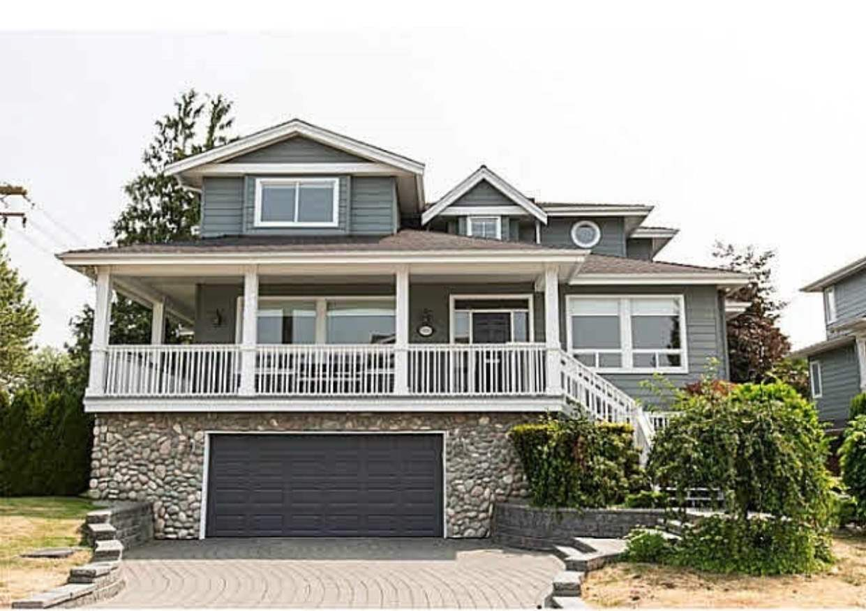Don't miss the opportunity to own this rare find, luxury waterfront home with panoramic views of Fraser River, and the North Shore Mountains. This gorgeous 3 level 3,732 sq ft home offers 5 bedrooms & 5 bathrooms. Close to the Oval, Terra Nova Center , shopping center & steps to the dyke trails, Burnett Secondary School catchment and more.