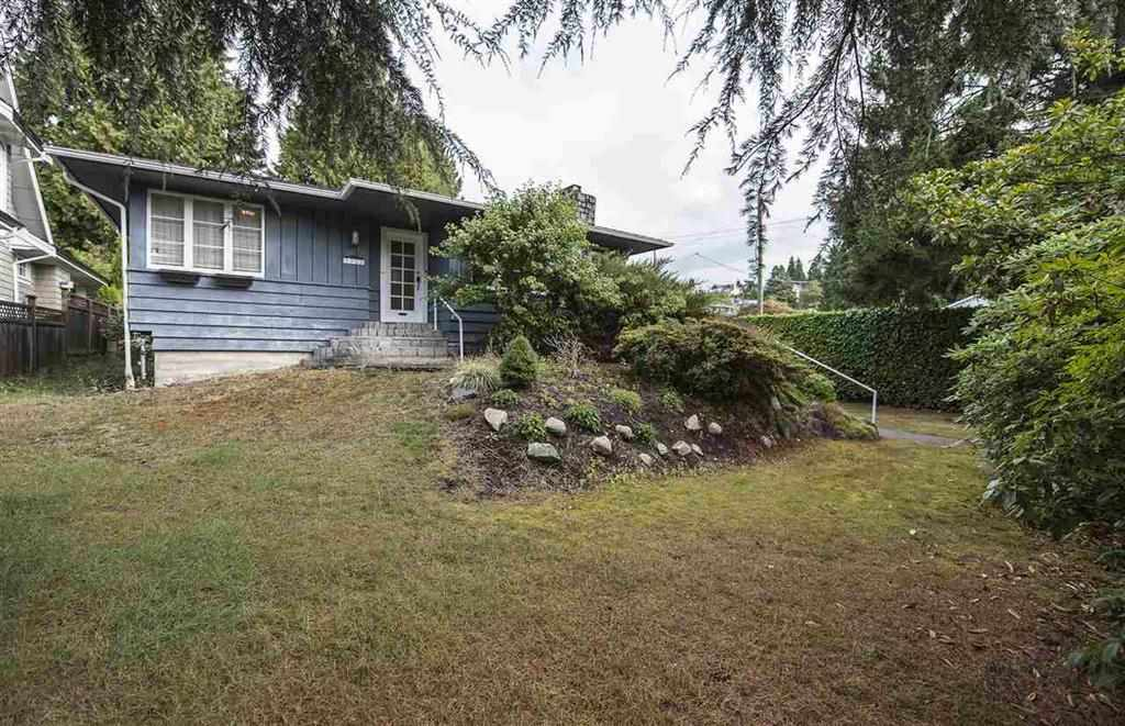Nice corner lot with the size of 9462 sqft in Dundarave. Lovely 2 stories home built on this lot with nice and beautiful front and backyard. Walking distance to French immersion elementary school, Irwin Park school, West Vancouver Secondary school, West Vancouver community Centre and beach.