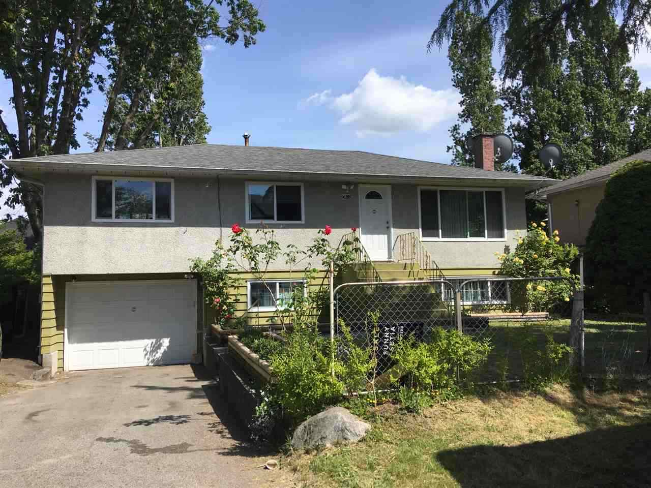 Spectacular investment and place to live! Situated in a nice and quiet area of Cedar Hills, don't miss opportunity to view this home. You can either build your dream home or move in right away to this beautiful 5 bedroom, 2 bathroom partially renovated home. Renovation was completed in 2012. Gorgeous kitchen and countertops with like new appliances. Super bright and huge covered patio with views of the backyard. New double panel windows in 2017.  Very Quiet and Highly sought after neighbourhood with brand new homes sprouting up everywhere. Close to all amenities: walking distance to Elementary and High Schools as well as bus stops and shopping centres. Call today to book your private tour and secure this home for your family!