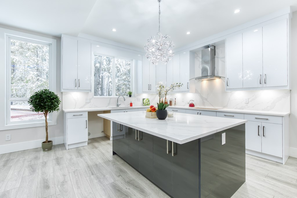 "ABBEY RIDGE, A BRAND NEW SUBDIVISION IN PRESTIGIOUS FRASER HEIGHTS. HUGE 5,669 SF EAST FACING LOT (51' X 110')Custom built by reputable builder - Shebaz Homes. Over 4,100 SF offers 6 BR 7 bath (5 full 2 half), 4 BR up and basement has a legal 2 bedrooms suite & a  bachelor suite.(separate entrance) Main floor features Great room concept plan, 10' ceiling, 96"" front door, Gourmet kitchen w/Huge 6'x7' quartz island ideal for entertainment,a spice kitchen, den could be as 7th BR, laminated H/W flooring thru out. Upstairs has 4 spacious bedrooms (all ensuite),basement has theater room,web bar and a powder room for upstairs use. A MODERN & LUXURY BUILT HOME WITH ALL THE QUALITY FEATURES YOU CAN NOT FIND FROM AVERAGE HOMES. Easy highway access and only 5 minutes drive to private Pacific Academy."