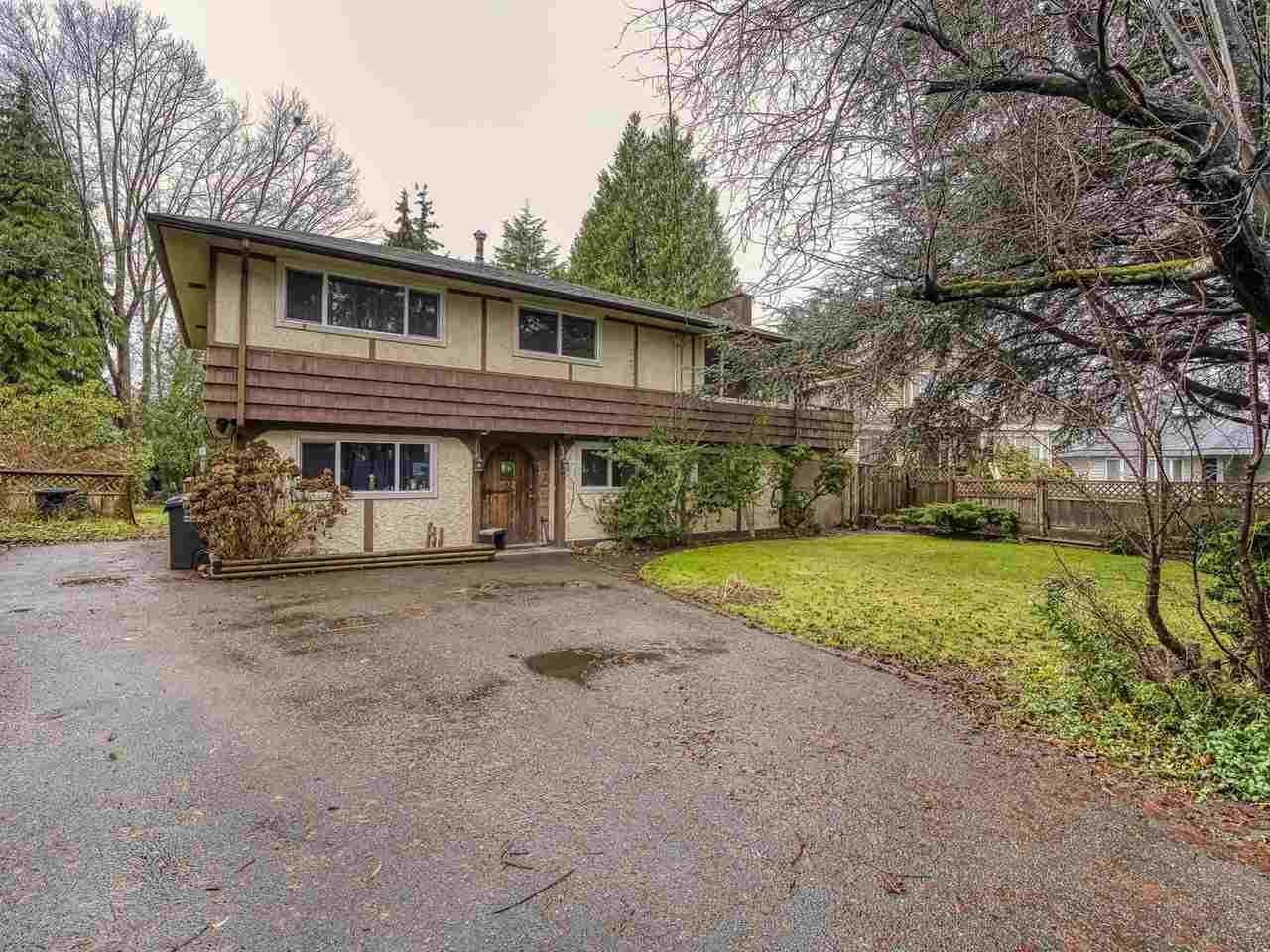 """Fantastic Opportunity! Rarely available, Massive 12,647 square foot lot in desirable neighbourhood - build a Mansion over 5,000 sq ft! NOT ON a """"T"""" (Please see Photo 3 in pictures) and with wide frontage that would allow a very nice new home design. Very Good Value - Priced below Assessed Value! Currently tenant occupied for $3,000 and tenants would like to stay which makes this a good investment opportunity. House has had updates done - newer windows etc. and is in solid condition. With Covid Restrictions house is difficult to view, but please review photos, floor plan and lot plan, then drive by. **FLOOR PLAN in Documents***Do not enter the backyard unless making appointment with Listing Agent first. Offers will have to be """"Subject to Viewing"""". Thanks"""