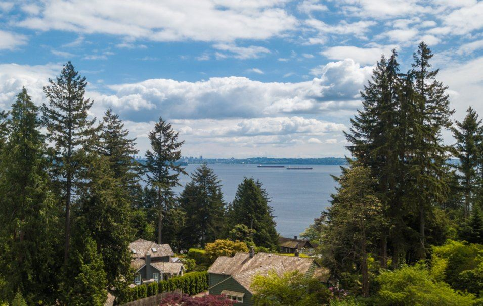 A rare offering to develop a custom residence on this gorgeous estate with ocean views. This magnificent estate offers approximately 16430 sq. ft. with easy access. Located in an extremely quiet location in West Bay & only minutes from Dundarave Village & Pier. The property has a clean Title Search with no existing Rights-of-Way or Easements. Complete architectural work drawings for the proposed house included.