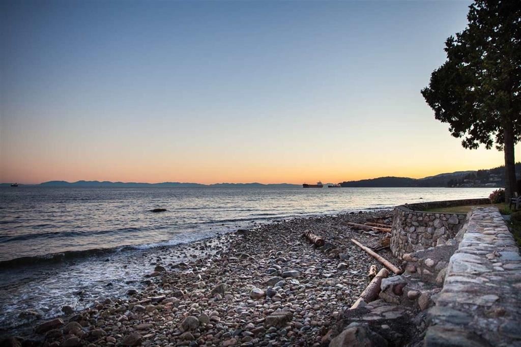 Spectacular level, low bank waterfront development site located along the exclusively Golden Mile. Build your dream house on the most sought after block in West Vancouver. Extremely rare opportunity. There is simply no better waterfront location available than this one.