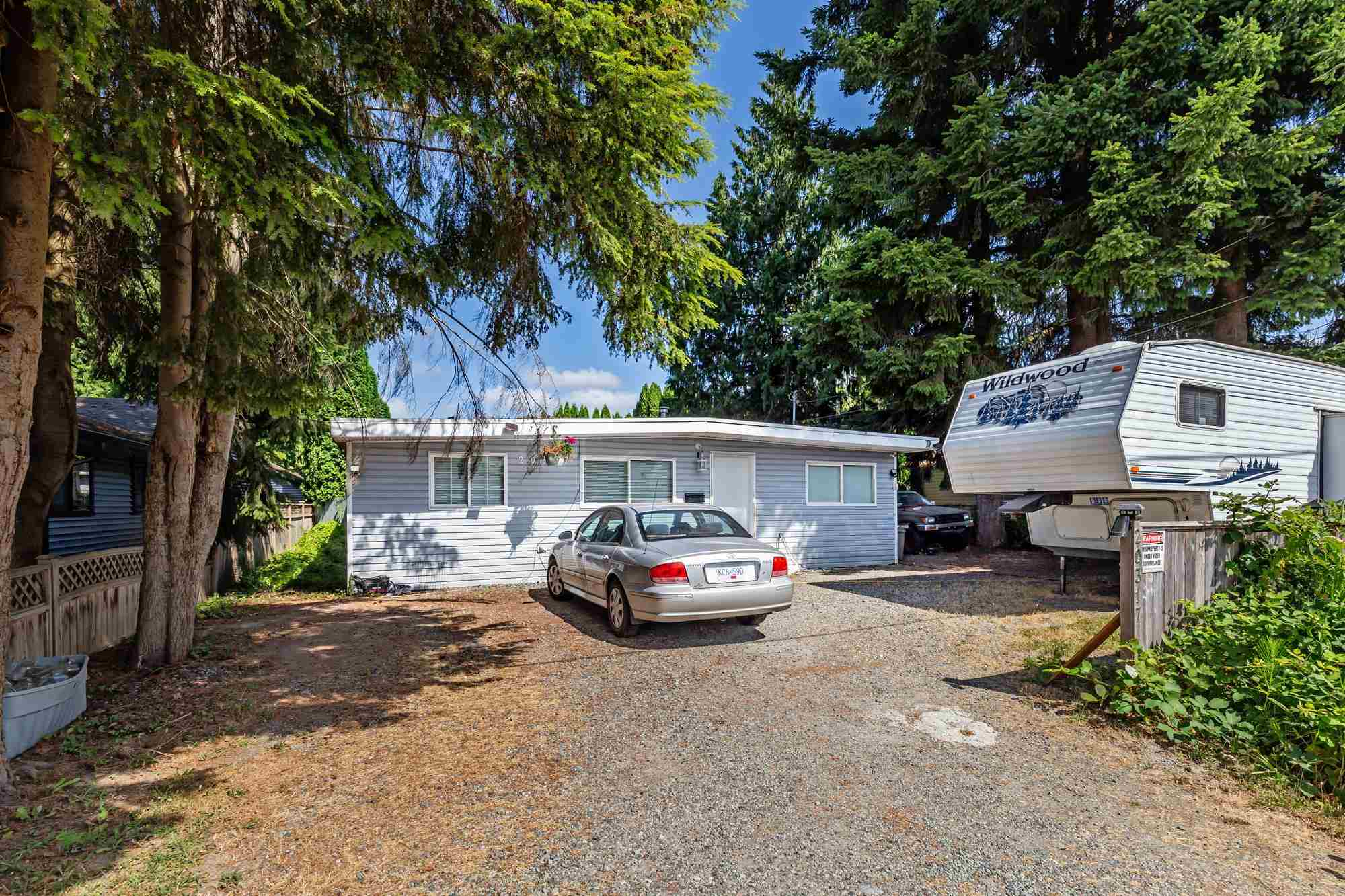 2 lots side by side, See MLS # R2603345. Hammond Rancher on 7200 sq ft lot, 3 bed 1 bath. Detached 16x 24 shop. Fully Fenced with abundant parking. Location within walking distance to River and ideal for commuters close to Golden ears Bridge. Currently Tenanted, Do Not Disturb.