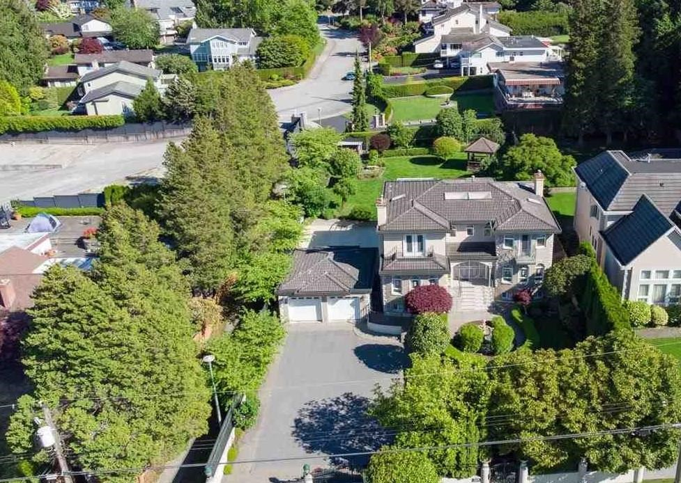 European builder, well-maintained luxury house in Buckingham! Over 16,000SQF Land+5728SQF House!Amazing mountain view from 2 on-suite bedrooms, South facing backyard with forest view from Master bedroom. Radiant heat, hardwood floor in Living & Dining Room, Italian moldings + pillars throughout,granite kitchen floor & countertop, pearl oak cabs. Crystal chandeliers. Amazing walk-out basement with snooker table 2 bedrooms + Den. Air conditioning, beautiful landscaping, and fountains with electric gates! Basketball court, sauna room, and Huge solarium/hot tub room for a family party. 10 mins drive to Metrotown Centre of Burnaby. Schools: Buckingham Elementary / Cariboo Hill or Burnaby Central Secondary. Must see to appreciate, Please book your private showing ASAP! OPEN HOUSE SEP25 SAT 2-4PM