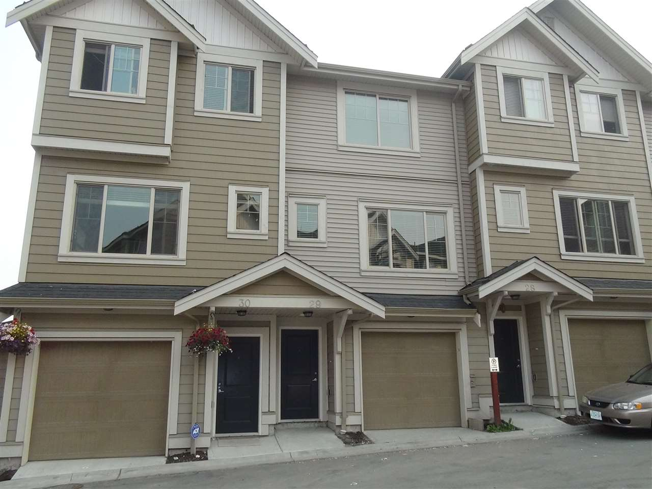 2017 built brand new 3 bedroom + 3 washroom Townhouse in the heart of Surrey.  GST included in price.  High end finish and appliances - gourmet kitchen with quartz countertops and luxury cabinets, Crown Moulding at all levels.  Large Master Bedroom with spa like bathroom.  Don't wait too long. Property on hold until further notice.