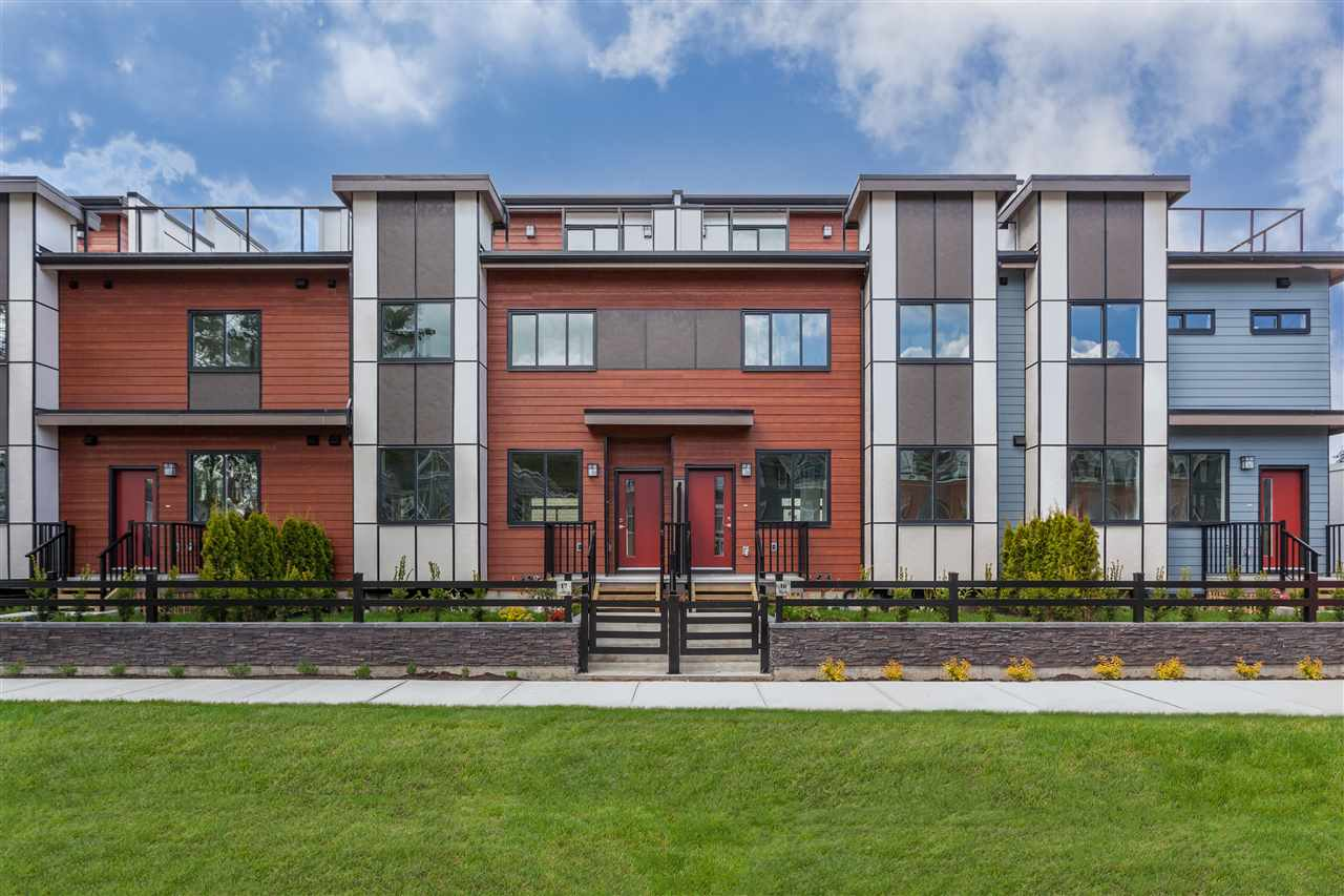 Welcome to Quinn! These 26 townhomes are tucked in on a quiet, family-friendly residential neighbourhood in the heart of lively South Surrey, close to shopping, parks and schools. Lush landscaping, generous-sized patios and side by side 2-car garages are just some of the great features. Every home comes with main floor powder rooms, master ensuite with rain shower and frameless shower door, full Jenn-air premium appliance package, 5 burner gas range, quartz counters throughout, tile surround fireplace and central A/C.