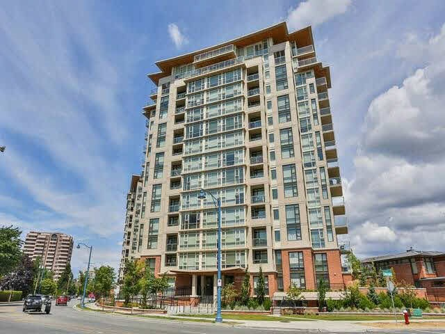 Beautiful 1 bedroom unit at the EMERALD! Prime central location close to schools, Richmond Centre and restuarants. Unit is air-conditioned with low-e windows. The project has an expansive $21,000 sqft garden and club house. View of the mountain and courtyard. Perfect for 1st time home buyer or investor.
