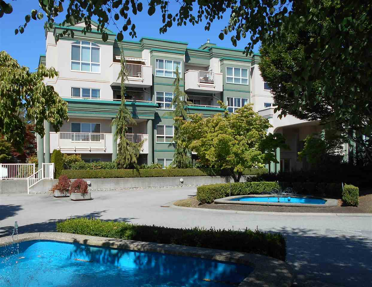 """HUGE, SUNNY AND QUIET 1,200 SQ' CORNER UNIT WITH WRAP-AROUND SUNDECK in the HIGHLY SOUGHT AFTER CHELSEA GARDENS! NEW APPLIANCES, NEW KITCHEN COUNTERTOPS, NEW BEAUTIFUL VINYL PLANK FLOOR THROUGHOUT, FRENCH DOORS INSTALLED IN 2ND BEDROOM, 2"""" CALIFORNIA BLINDS, NEW COMFORT-SIZED TOILETS, AND A NEW PHANTOM SCREEN DOOR AT THE BALCONY. Luxurious Chelsea Gardens has a gorgeous Clubhouse with POOL, HOT TUB, WORKSHOP, LOUNGE, LIBRARY, EXERCISE ROOM AND 3 GUEST SUITES plus RV PARKING!! CLOSE TO SHOPPING, RESTAURANTS, PARKS, TRANSIT, AND ENTERTAINMENT! Great for downsizers and anyone who appreciates luxurious living! Click on the Virtual Tour!  SOLD SUBJECT TO PROBATE."""