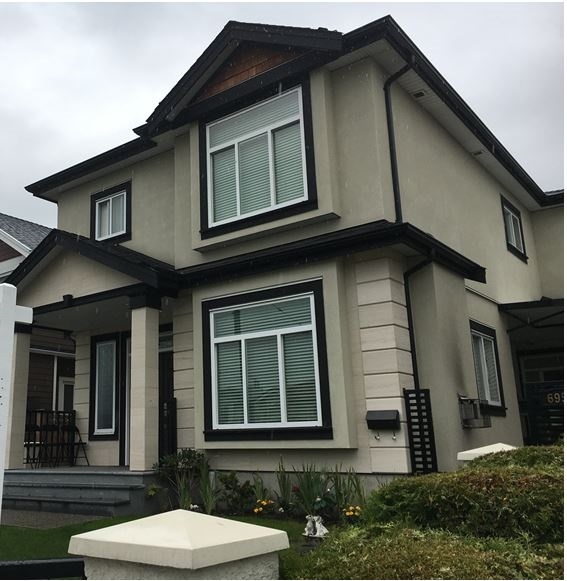 Beautiful half duplex only 2 years young has 3 very good size bedrooms on second floor with 2 full bathroom. On main floor 25x12 living area, kitchen laundry and 2 piece bath seller motivated. Many thanks for showing.