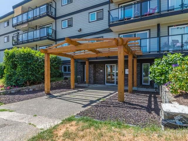 Great opportunity to acquire a one bedroom unit in the recently renovated building - Seaview. Easy walking distance to downtown Ladysmith & Coronation mall. Close to all the amenities you need. Well kept unit, well managed building. Clean open plan bachelor suite with a long term tenant in place. Easy to show with some advance notice. Rents for $667 per month. Strata Plan show 48.8 Sq.M or 525 Sq.Ft. View is over the parking lot and green space. Showings are 9-7 Mon-Sat. through property manager with 48 hour min tenancy notice. All measurements + dimensions are approx. with buyer to verify if important.