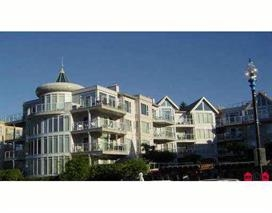 Make this fabulous 2 bedroom waterfront condo in Harrison Hot Springs your home today. On the sunny side of the building, this condo offers a large walk out patio with access to the courtyard & beach. This great unit has a spectacular view of the lake & mountains. Year round living or investment, you will win with this property. Come & see it today!!