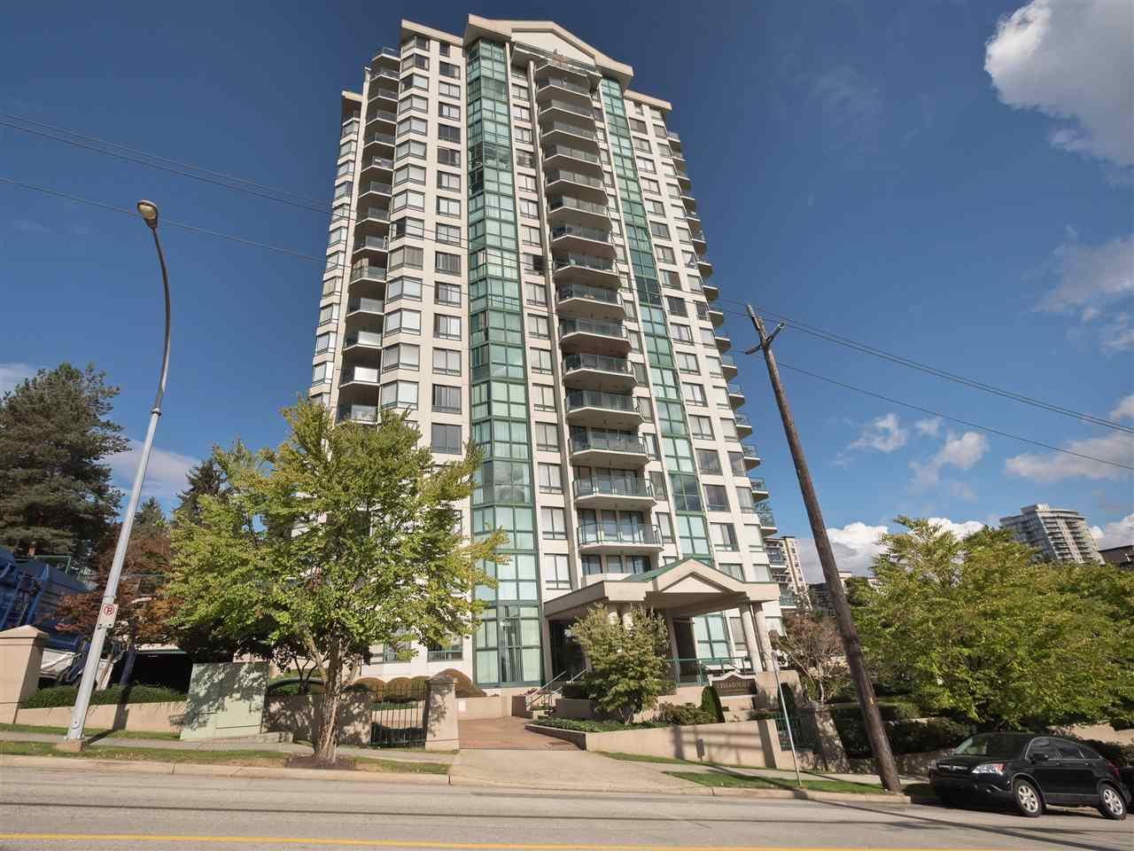 It is my pleasure to present VISTA ROYALE - One of New West's sought after, quality built CONCRETE Highrise by BOSA! Spacious 2 Bed, 2 Bath, 1160 SqFt Sun-Drenched CORNER Suite w/Lovely River & City Views! Laminate flooring thru-out. Generous size rooms & ample windows to enjoy the natural light. Kitchen w/large pass-through, S/S appls & dual sinks. Master w/walk-through closets & En-suite. Worry free complex - Exterior Painted in 2008, Re-Plumbed in 2009, New Roof in 2015, updated modern lobby & fitness centre.  Very well managed complex w/on-site caretaker & use of fantastic amenities - gym, sauna, party room for 50, healthy CRF & More! Short stroll to SKYTRAIN, schools, shopping & the River Market. Sorry, no pets. Investors: Rentals Permitted! Open House Sun Oct 8th 2-4pm