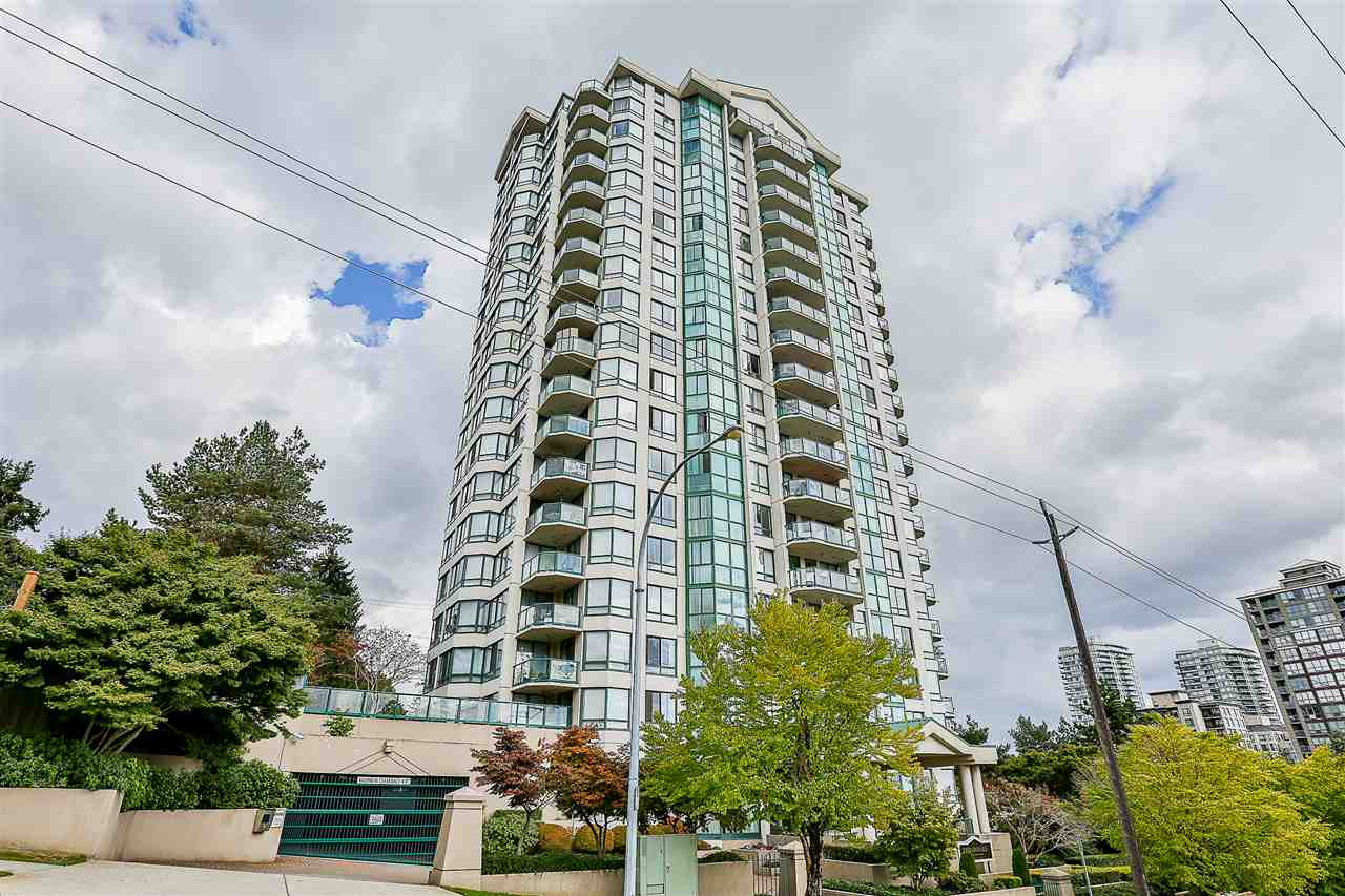 HUGE 1146 SQFT 2 BED / 2 BATH Corner Suite! Located in the heart of the popular Uptown neighbourhood in New Westminster on Tenth Street and Royal Avenue. This is a convenient location that is CLOSE TO TRANSIT/SKYTRAIN, Quay Boardwalk, restaurants, schools at all levels including Douglas College, IGA, Queens Park, Royal City Shopping Centre, coffee shops, medical services, recreation and more. Direct access to highways allows an easy commute to surrounding destinations including Richmond, Ladner and Surrey. This is a VERY WELL MAINTAINED building with recent updates including new exterior paint in 2008, re-piping in 2009 that includes a 25 year warranty, and roof was redone in 2015! Call today!