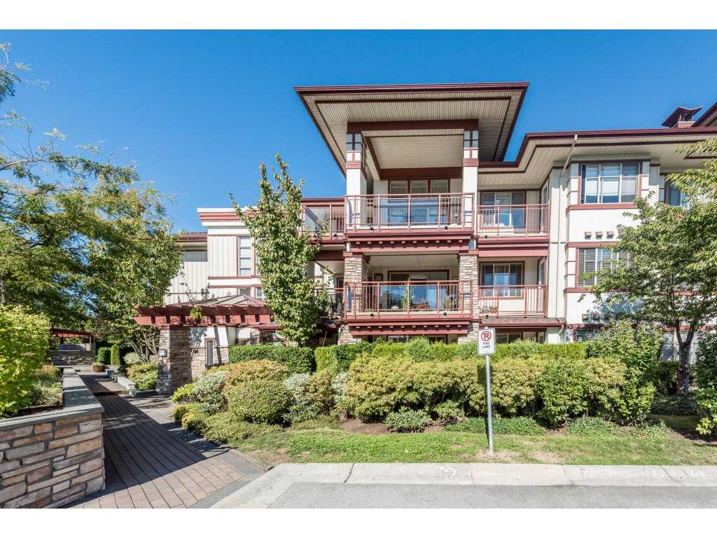 One of THE BEST units available at St. Andrews at Northview. This beautiful sunny south-facing 2 Bedroom unit boasting over 1450 square feet on interior and 200 sqauare feet on balcony space on the QUIET INTERIOR side of development backing onto Northview Golf Course. This home lives large, featuring an OVERSIZE Kitchen with GRANITE countertops, Stainless Steel Appliances and a BOSCH cooktop. 2 Large bedroom with the master featuring an expansive ensuite to die for! Large outdoor entertaining area for BBQ's and events. St. Andrews boasts some of the BEST AMENITIES AROUND (Pool, Guest Suites, Entertainment Area, Workspace and more). This quiet, clean, well maintained 2 bed unit won't last. TNEWPORTLISTING.COM Open House October 21st (2-4PM) & 22nd (2-4PM)