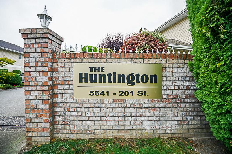 Bright and clean ground level townhome with 2 bedrooms, 2 bathrooms and insuite laundry. Age restricted 19+ gated complex offers workshop, exercise room, sauna/steam room, recreation room, bike storage and covered parking. Walk to shopping and recreation. Call today!