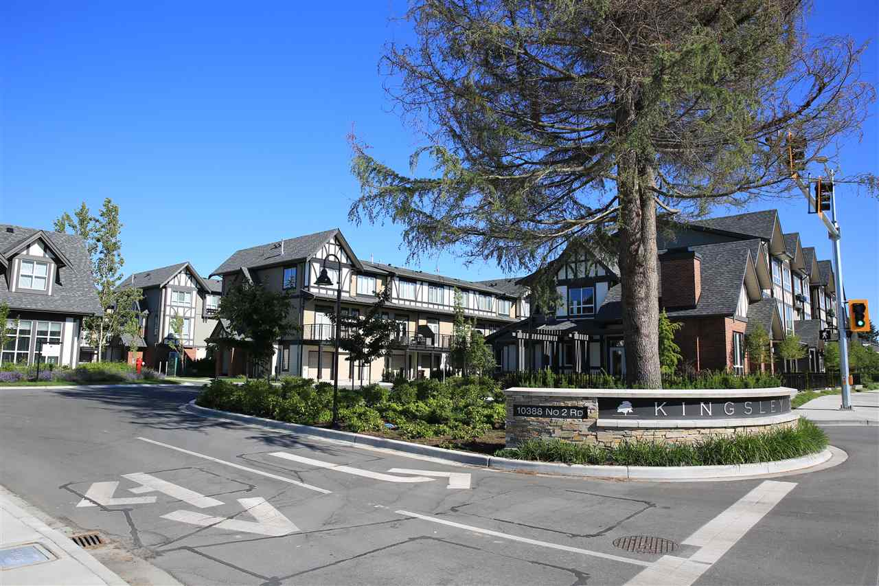 Brand New. Never lived in quiet corner unit. This Tudor-style townhome at Kingsley Estates by Polygon introduces a new level of luxury to gracious parkside living. The spacious 4br executive residence exudes quiet luxury through architectural details. At the centre of the community is a residents-only clubhouse. The residence celebrates the best of sophisticated modern living. Generous windows invite impressive views of surrounding verdant treetops. Living and dining areas boast airy 10? ceilings; the gourmet kitchen features a large island to demonstrate culinary skills, and a generous walk-in pantry. Equally impressive is an ensuite in every bedroom. Big side-by-side garage.
