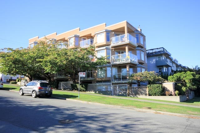 FULLY RAINSCREENED building with gorgeous 2 bedroom, 2 bathroom 886 sf townhome style home.  Renos include: granite counters, hardwood flooring, gourmet stainless kitchen. This beauty will not last!  Fantastic south and east exposure over two levels with loads of outdoor space (sundeck and patio).  Floor plans offers great space with good sized rooms, separate bedroom/bathroom configuration.  Practical pluses include insuite laundry, cozy gas fireplace, and underground parking (#11-P1), additional storage locker (#104-main floor).  And the very best part:  You are blocks to Kits Beach and Pool, West 4th Ave shops/restaurants/caf�s, short hop over Burrard Bridge to downtown, easy transit access to UBC. View photos online and join us for our opens Sunday/Monday Oct 8/9th (12noon-1:30pm).
