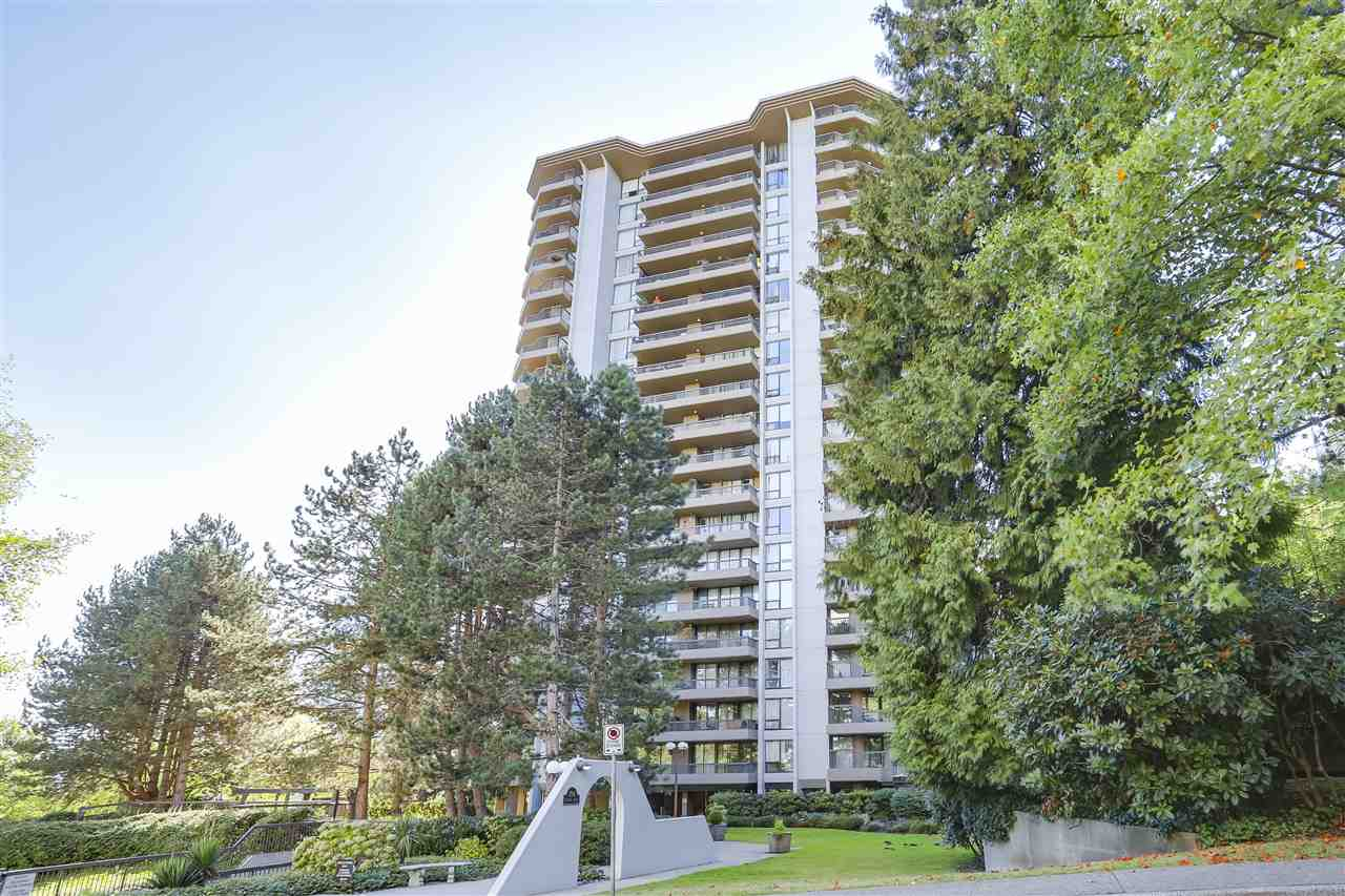 ANOLA Place by BOSA. Spacious and bright fully renovated SE corner suite with 2 large balconies, quiet park setting, central location by Brentwood Mall, Skytrain, station and access to HWY #1. Building is well maintained, outdoor pool and tennis area. Fully renovated with great views of the mountains and the city.