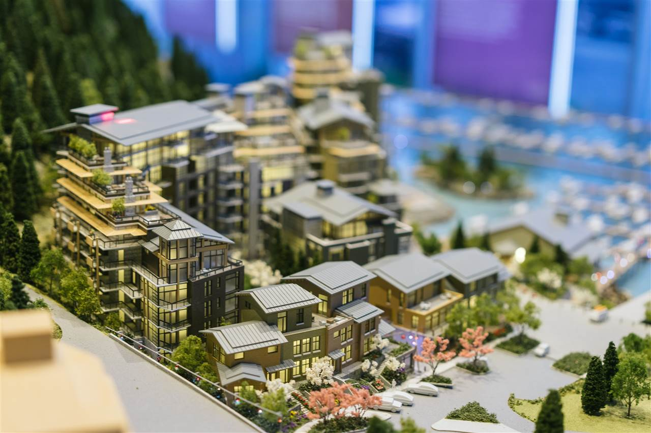 Horseshoe Bay by Westbank is a once-in-a generation opportunity for exceptional living. Located in a harmonious ocean-front community, this two-bedroom unit features 10ft overhight ceilings and 1031sf of total living space. Each unit offers built-in kitchen appliances by Miele, know for their innovative technology and convenience. All bedrooms feature designer wool carpets Exceptional services are offered for all residents,including an outstanding 24 ft Chris Craft boat with Captain, Private Lobby, and 4 hour concierge. Horseshoe Bay is conveniently located within a 5-15 min drive to West Vancouver's best infrastructure, including Caulfield Village and Park Royal Shopping Centre top rated private & public schools, and restaurants.