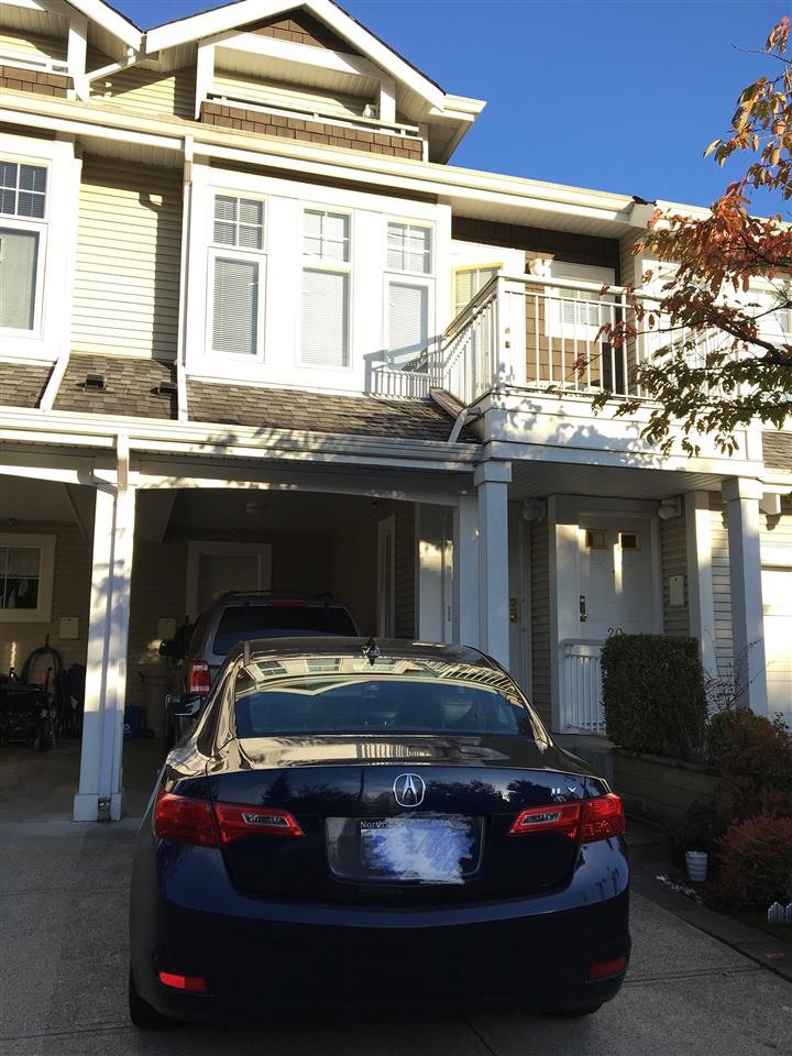 Nice Townhome in Hunter's Glen in the heart of Walnut Grove. This 1400 sq. ft. 2 level Townhome is bright, spacious and in excellent condition. Loads of green space, walking trails in complex and centrally located close to all amentities. This Townhouse features an spacious and open white kitchen with island, dining area and large family room with gas fireplace with upper deck and lower patio. Large Master Bedroom with master featuring a single glass sliding door that leads to a large patio and his and hers closets and second Bedroom. Both Bathrooms have been renovated. Call to book your showing of this beautiful townhome in a very nice area/complex.