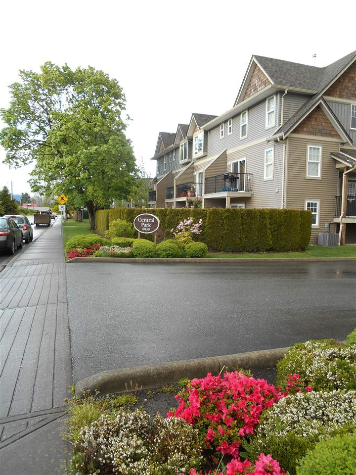 Super excellent central location close to schools, shopping & transit. A very spacious 3 storey townhome in central Chilliwack location. Great room concept features newer laminate floors, a den and balcony on main level. Cozy living room includes gas fireplace. Upstairs has 3 bedrooms, laundry and 2 bathrooms. Low strata fee $195.00. A well kept home by one original owner. One of the best location in the complex - very private, facing a quiet street.